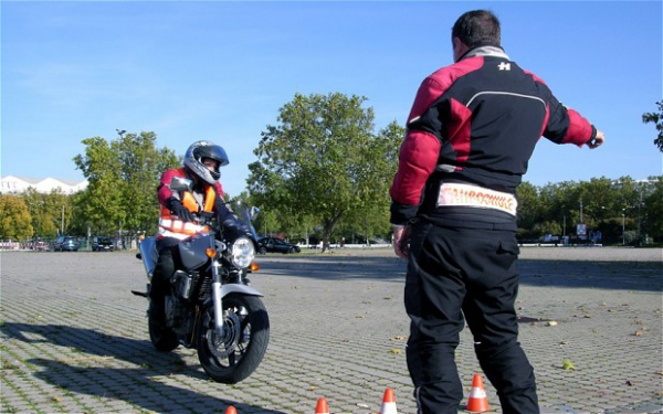 Changes to the motorcycle driving test coming into effect from the 30th November 2013